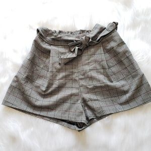 H&M Divided Prince Of Wales Checked Shorts, 6